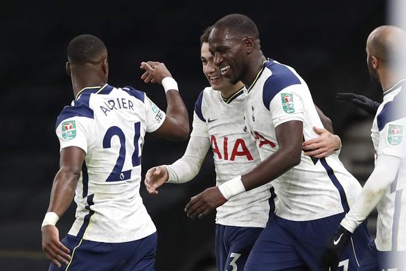 Son lại lập công, Tottenham vào chung kết Cúp Liên đoàn - Ảnh 1.