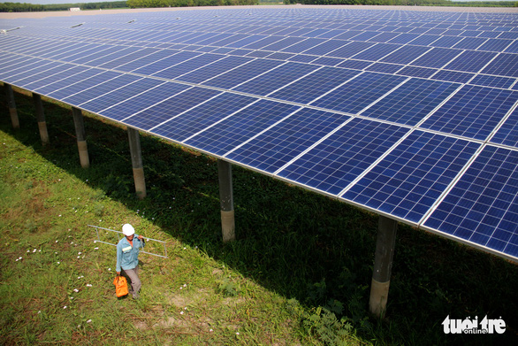 Chính sách giá FIT mua điện mặt trời đã bộc lộ những hạn chế - Ảnh 1.