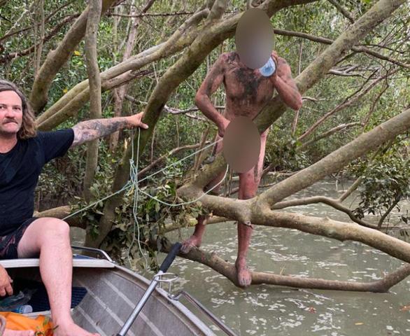 Ngư dân tưởng gặp Tarzan, ai ngờ là kẻ cướp trần truồng giữa rừng ngập mặn - Ảnh 1.