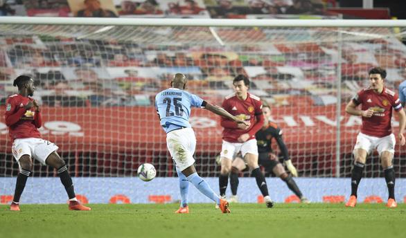 Man Utd bị Man City khuất phục, mất vé chung kết Cúp Liên đoàn - Ảnh 2.