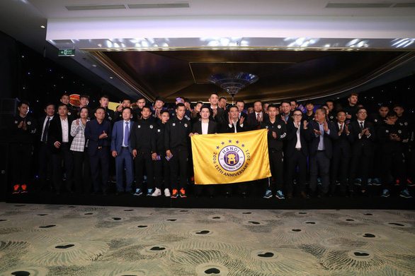 CLB Hà Nội đặt mục tiêu vô địch V-League và Cúp quốc gia 2021 - Ảnh 1.