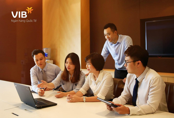 Ngân hàng thu hút nhân tài bằng công nghệ - Ảnh 1.