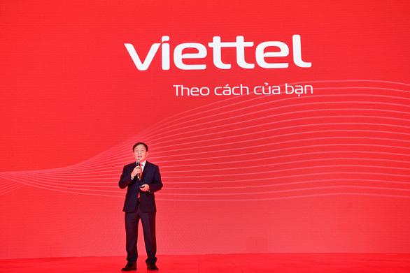 Viettel công bố thương hiệu mới, đổi logo sang màu đỏ - Ảnh 1.