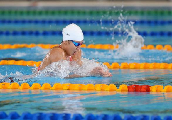 Chuẩn bị cho các đại hội thể thao quốc tế lớn: VĐV vừa tập vừa lo - Ảnh 1.