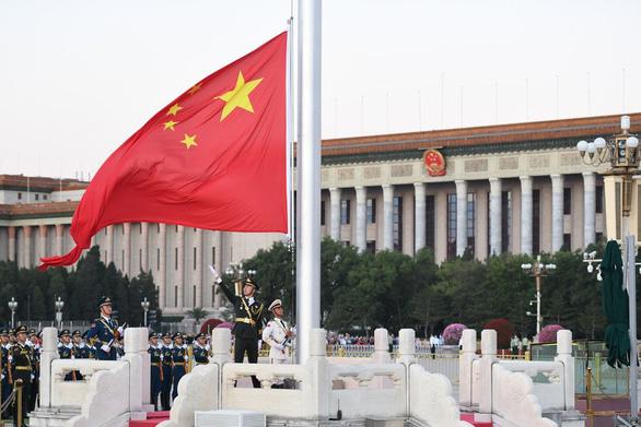 سفیر ایالات متحده در تایوان ، چین ، هشدار می دهد که یک شوخی با آتش می سوزد - عکس 1.