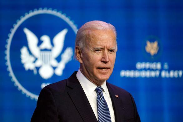 Ông Biden gọi những kẻ bạo loạn ở Điện Capitol là khủng bố, chỉ trích ông Trump - Ảnh 1.