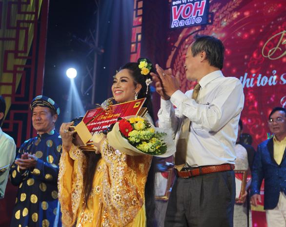 Nguyễn Thị Hàn Ni giành giải nhất trị giá 100 triệu cuộc thi Bông lúa vàng 2020 - Ảnh 1.