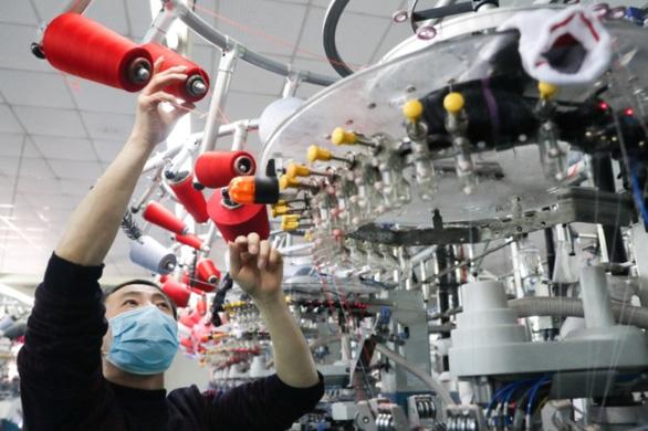 Trung Quốc ra luật mới bảo vệ doanh nghiệp chống lại luật 'phi lý' ở nước ngoài - Ảnh 1.
