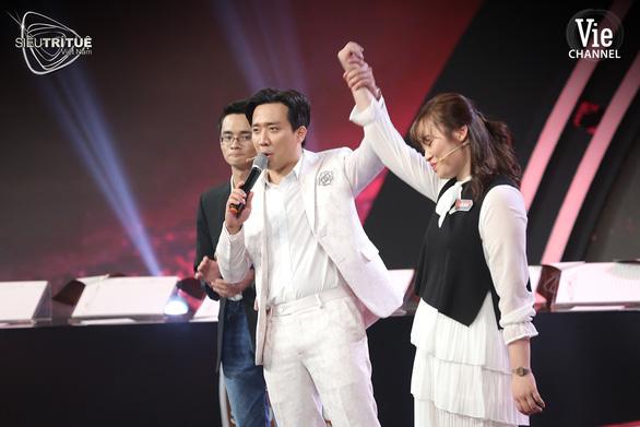 3 giải đầu tiên của Mai Vàng 2020: Ròm, Siêu trí tuệ Việt Nam, Áo cưới trước cổng chùa - Ảnh 3.