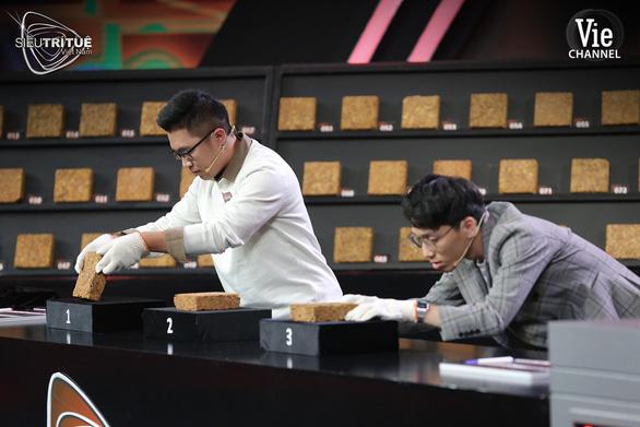Coi tập 8 siêu trí tuệ Việt Nam, giám khảo Tóc Tiên: Chơi vậy ai chơi được - Ảnh 1.