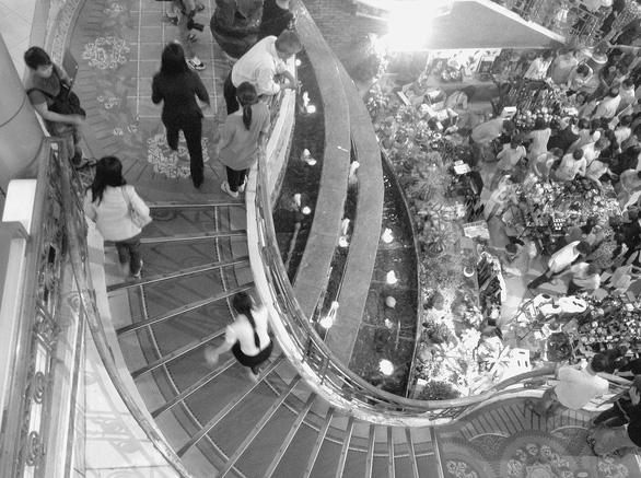 Sài Gòn - những vòng xoay ký ức - Kỳ 2: Bùng binh Sài Gòn và đại lộ phồn hoa - Ảnh 2.