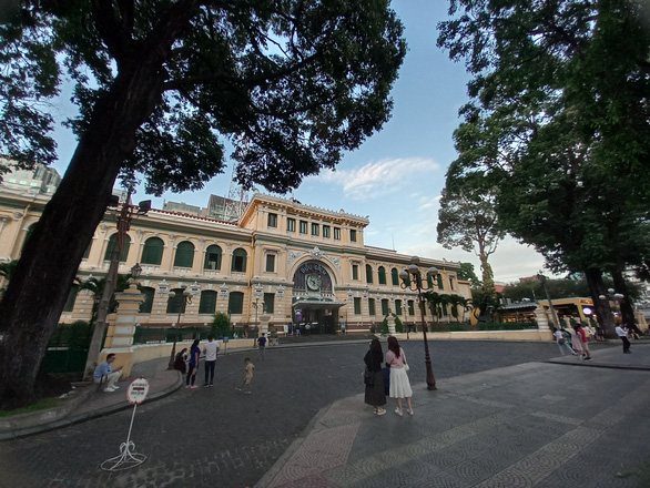 Sài Gòn những vòng xoay ký ức - Kỳ 1: Góc Paris và khung trời thư thái - Ảnh 1.