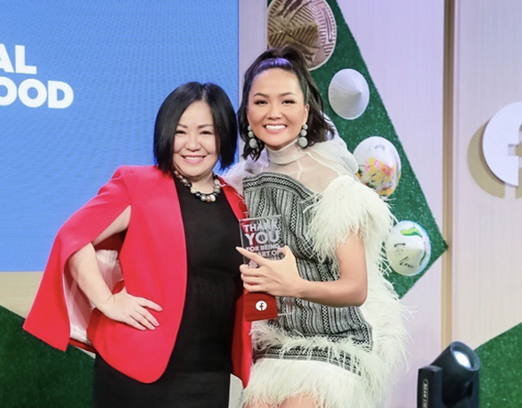 Wendy Phạm cảnh báo về tài khoản Facebook giả mạo, lập YouTube chia sẻ về Phi Nhung - Ảnh 7.