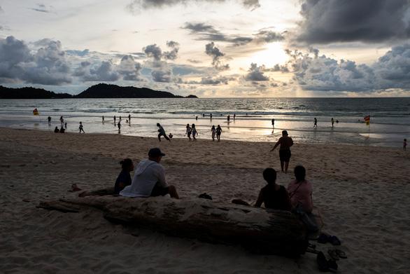 Thái Lan có thể mất nhiều năm để hồi sinh du lịch - Ảnh 1.