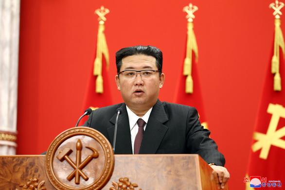 Ông Kim Jong Un khẳng định Triều Tiên phát triển vũ khí là cần thiết - Ảnh 1.