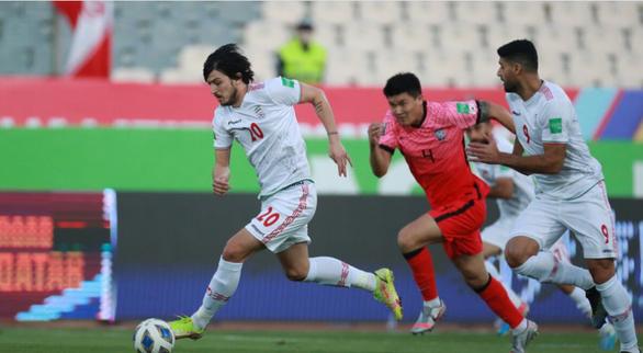 Hai lần sút trúng cột dọc, Iran chia điểm với Hàn Quốc - Ảnh 1.