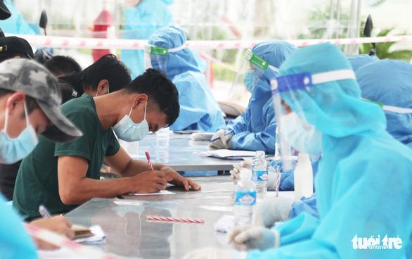 Nghệ An có 45.000 việc làm cho lao động về quê, lương từ 5-30 triệu đồng - Ảnh 2.