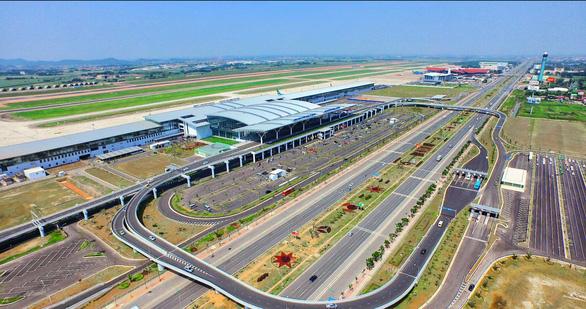 Vật thể bay nghi flycam xâm nhập khu vực sân bay Nội Bài 2 lần - Ảnh 1.