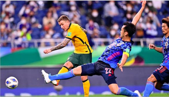 Chặn đứng chuỗi toàn thắng của Úc, Nhật sống lại hy vọng dự World Cup 2022 - Ảnh 2.