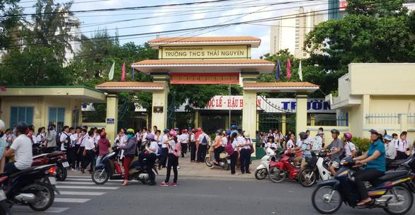 Khánh Hòa hoãn học trực tiếp với học sinh TP Nha Trang, các nơi khác học từ 18-10 - Ảnh 1.