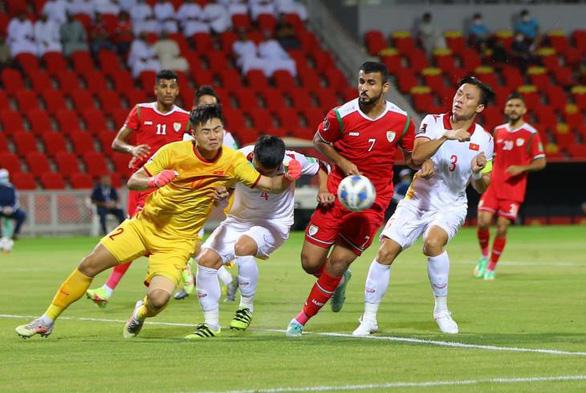 Ngày 14-10, đội tuyển Việt Nam về nước mà không có ông Park - Ảnh 2.