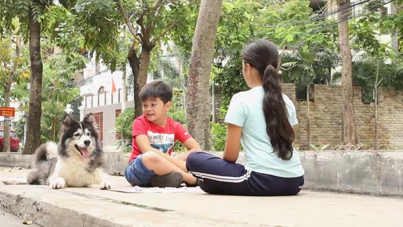 Pil Nguyễn làm phim ngắn Tiểu bằng hữu: Yêu thương không chỉ có giữa người với người - Ảnh 2.