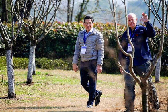Tiến sĩ Nguyễn Việt Hùng có tên trong nhóm cố vấn khoa học mới của WHO - Ảnh 1.