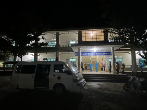 Quảng Nam: Phát hiện ổ dịch ở huyện miền núi Phước Sơn, nhiều ca bệnh là học sinh - Ảnh 2.