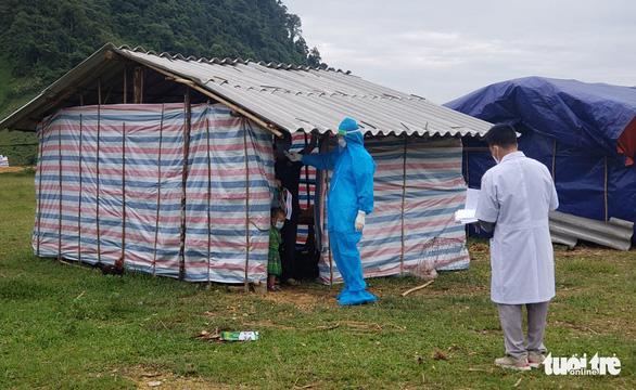 Bắc Trung Bộ cấp tập chống bão số 8, hỗ trợ người dân trên đường hồi hương - Ảnh 2.