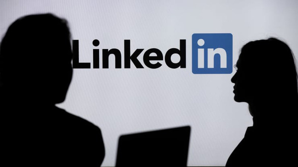 Microsoft sẽ đóng cửa mạng xã hội LinkedIn tại Trung Quốc - Ảnh 1.
