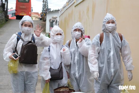 Sau hướng dẫn của Bộ Y tế, Đà Lạt vẫn quyết cách ly tập trung người đã tiêm 2 mũi vắc xin - Ảnh 1.