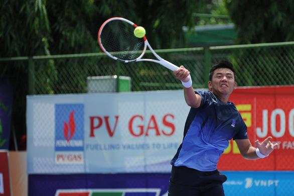Thắng liên tiếp 2 tay vợt Ý, Lý Hoàng Nam vào tứ kết giải nhà nghề tại Ai Cập - Ảnh 1.