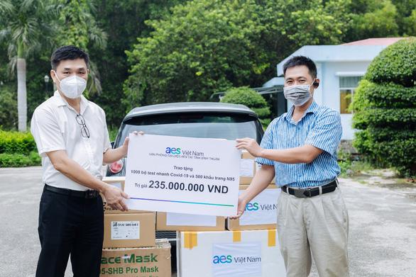 AES Việt Nam trao tặng 1.000 bộ xét nghiệm nhanh COVID-19 tại tỉnh Bình Thuận - Ảnh 2.