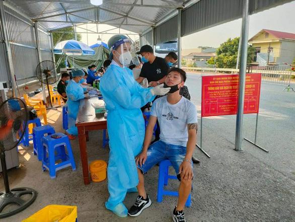 Phú Thọ: người về từ các tỉnh phía Nam chỉ cần khai báo y tế