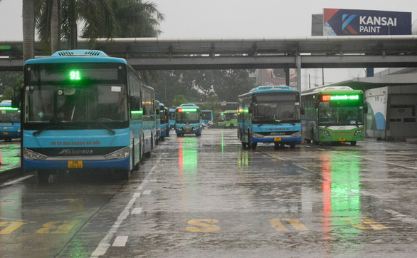 Vận tải hành khách liên tỉnh đi và đến Hà Nội cần đáp ứng điều kiện gì? - Ảnh 1.