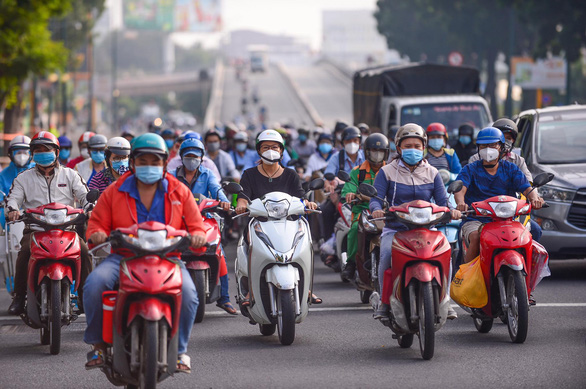 NÓNG: TP.HCM gửi phương án đi lại tới 4 tỉnh Bình Dương, Long An, Đồng Nai, Tây Ninh - Ảnh 1.