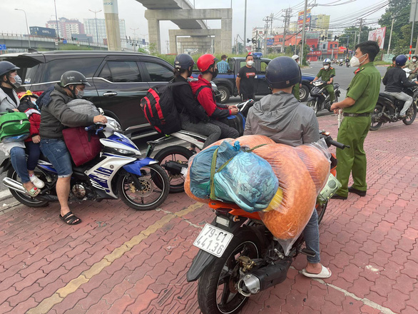 Phương Trang đề nghị tiếp tục những chuyến xe nghĩa tình - Ảnh 2.