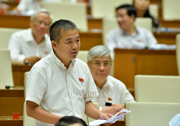 PGS.TS Nguyễn Lân Hiếu: Có thể triển khai tiêm vắc xin Pfizer cho người 16-18 tuổi - Ảnh 1.
