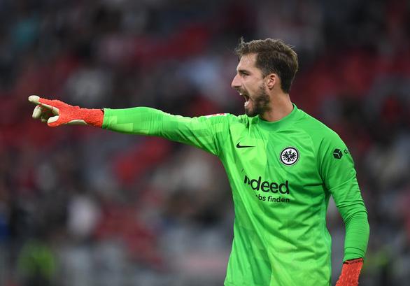 Lewandowski tịt ngòi, Bayern bất ngờ thua ngược Frankfurt - Ảnh 2.
