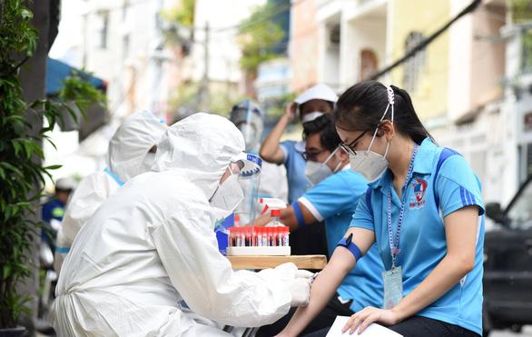 Sở Y tế TP.HCM gửi văn bản khẩn: Không xét nghiệm kháng thể không cần thiết, sai mục đích - Ảnh 1.