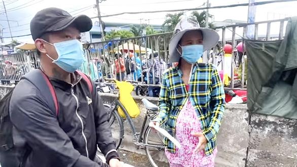 Người phụ nữ ôm bụng bầu 8 tháng cùng chồng về quê bằng xe đạp và cái kết có hậu - Ảnh 3.