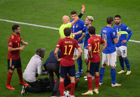 Đá bại nhà vô địch châu Âu Ý, Tây Ban Nha vào chung kết UEFA Nations League - Ảnh 2.