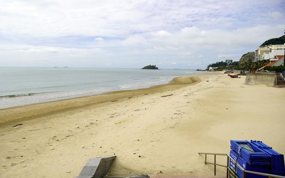 Đã xanh 2 tuần, đi lại trong tỉnh Bà Rịa - Vũng Tàu vẫn phải ngoáy mũi - Ảnh 2.