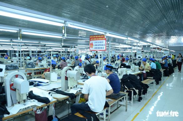 Khởi động lại thị trường lao động ở TP.HCM - Ảnh 1.