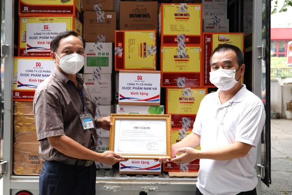 Bổ phế Nam Hà tặng 21.000 sản phẩm hỗ trợ F0 điều trị tại nhà - Ảnh 2.