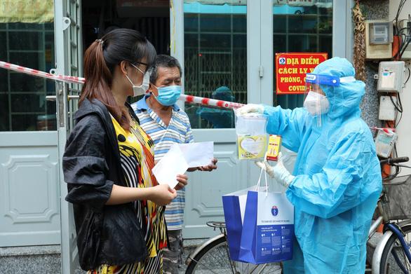 Bổ phế Nam Hà tặng 21.000 sản phẩm hỗ trợ F0 điều trị tại nhà - Ảnh 3.