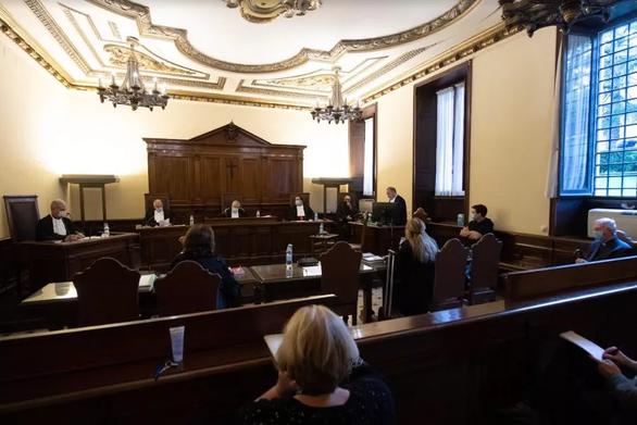 Vatican xử trắng án một linh mục bị tố quấy rối tình dục - Ảnh 1.