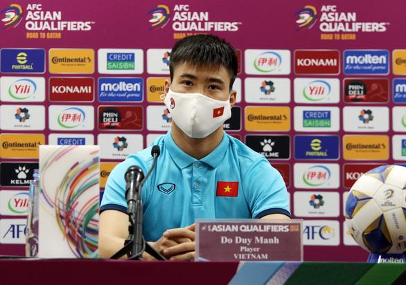 HLV Park Hang Seo: Nhiệm vụ của tôi là tìm cách khắc chế lối chơi của Trung Quốc - Ảnh 3.