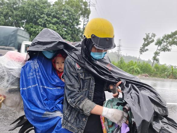 Thành phố Quảng Ngãi mong đón bà con khi mệt dừng lại nghỉ ngơi, làm ấm mình - Ảnh 1.