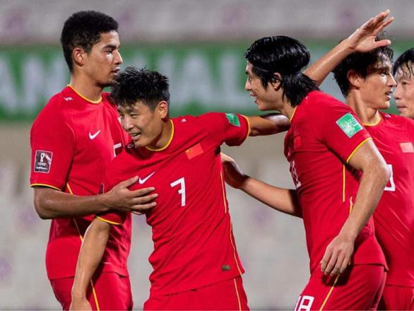Tuyển Việt Nam thua Trung Quốc 2-3 ở vòng loại World Cup 2022 - Ảnh 2.